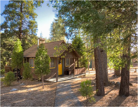 map of idyllwild hotels and attractions on a idyllwild map
