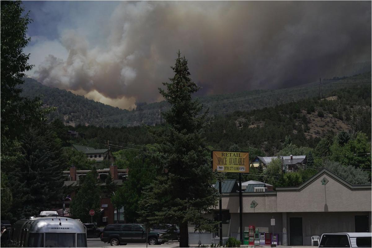 lake christine fire missouri heights under mandatory evacuation