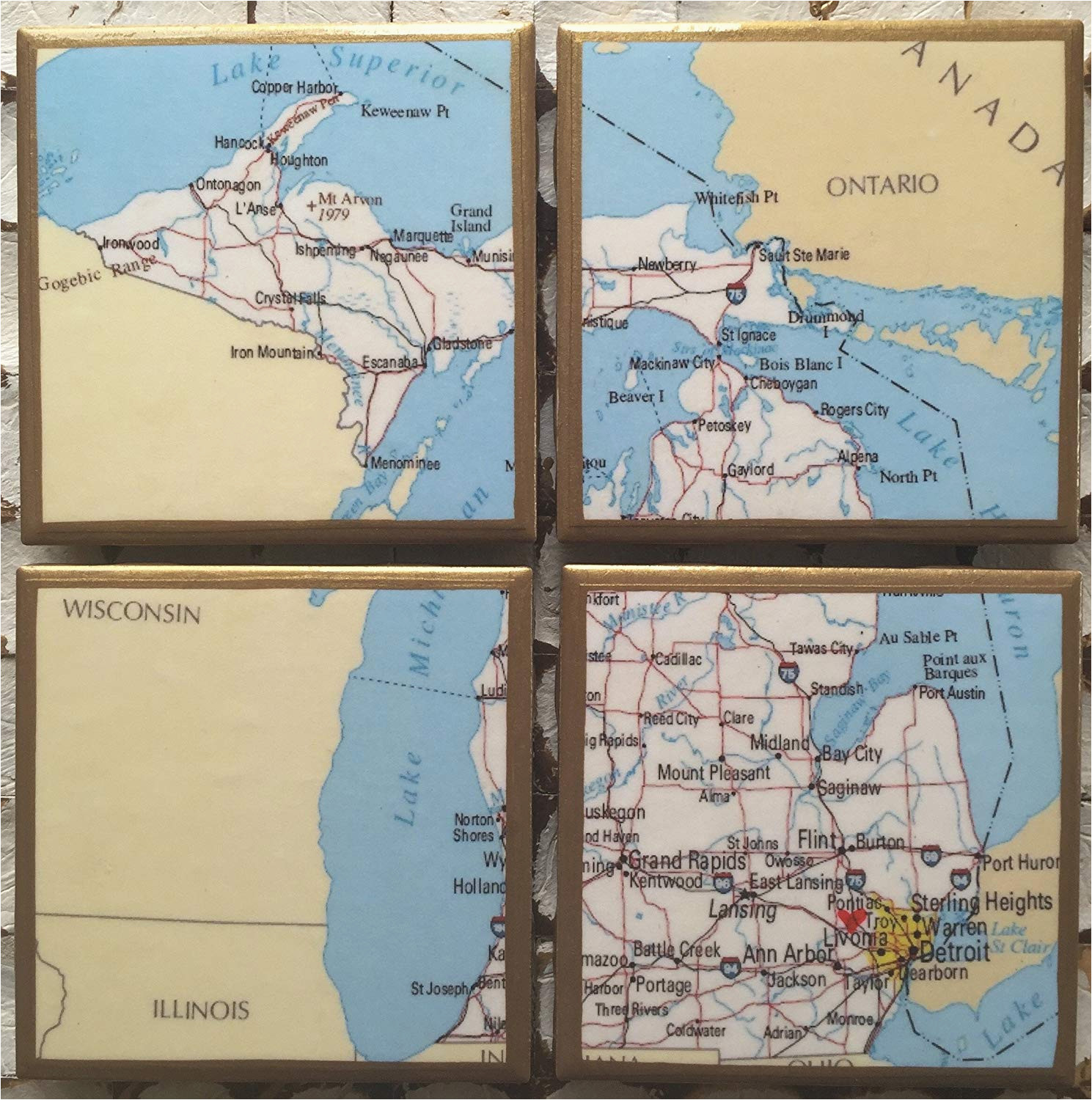 amazon com coasters personalized michigan map coasters with heart