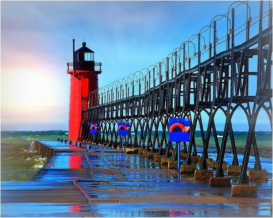 south haven lighthouse in michigan picture of south haven