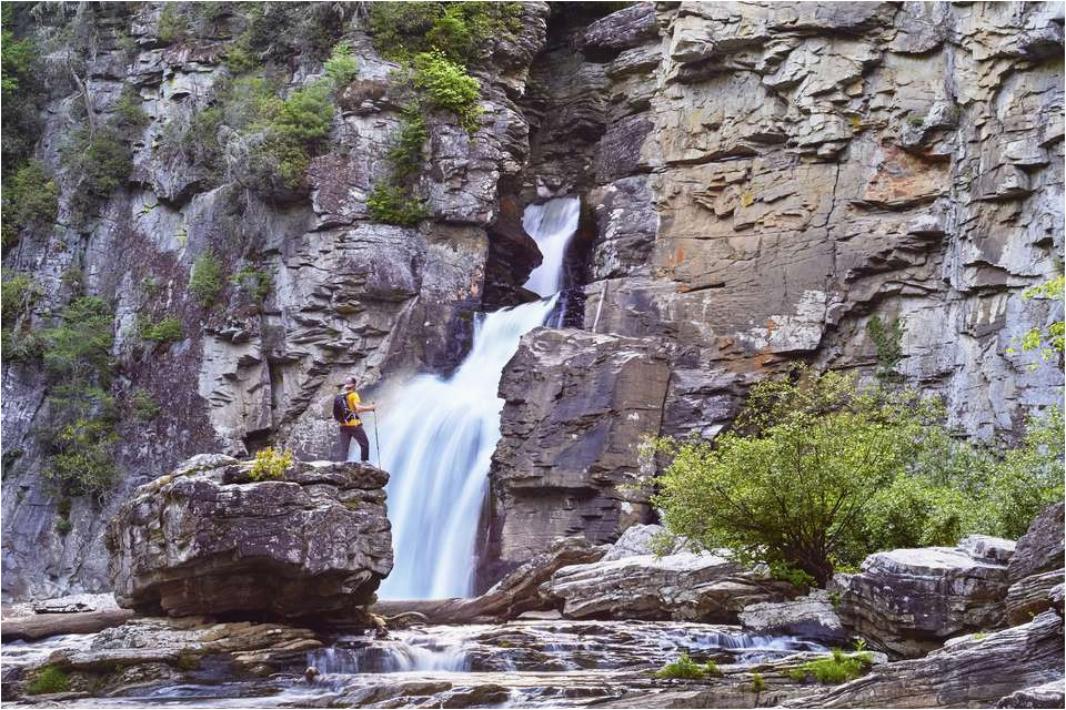 discover 10 beautiful waterfalls near charlotte