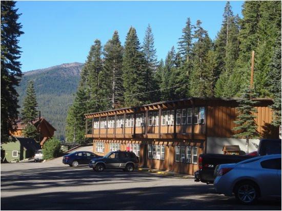 view of the motel picture of diamond lake resort diamond lake