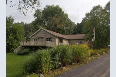 911 grindle lowell mi 49331 mls 17044404 coldwell banker
