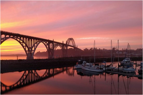 newport bridge at sunset from rogue brewing restaurant picture of