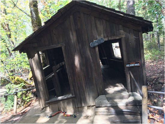 the oregon vortex house of mystery gold hill 2019 all you need