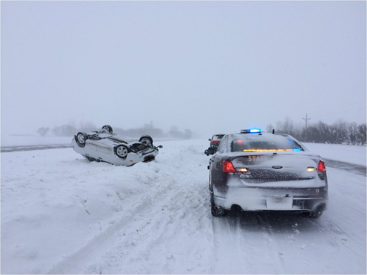 live accidents unfold amid robust snow ice storm over 2 000