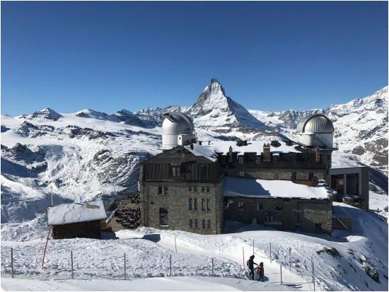 good ski area and great new lifts cervino breuil cervinia ski area