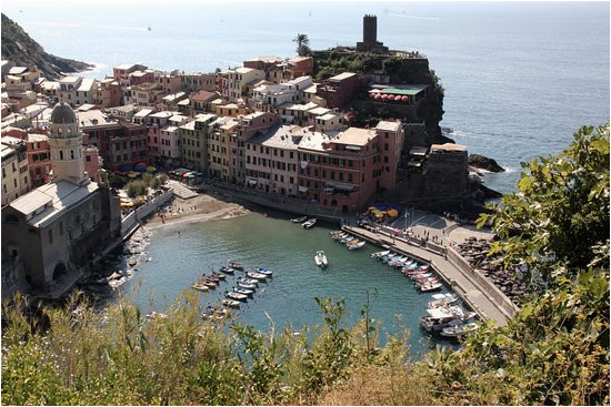 cinque terre vernazza seen from sentiero azzurro picture of hotel