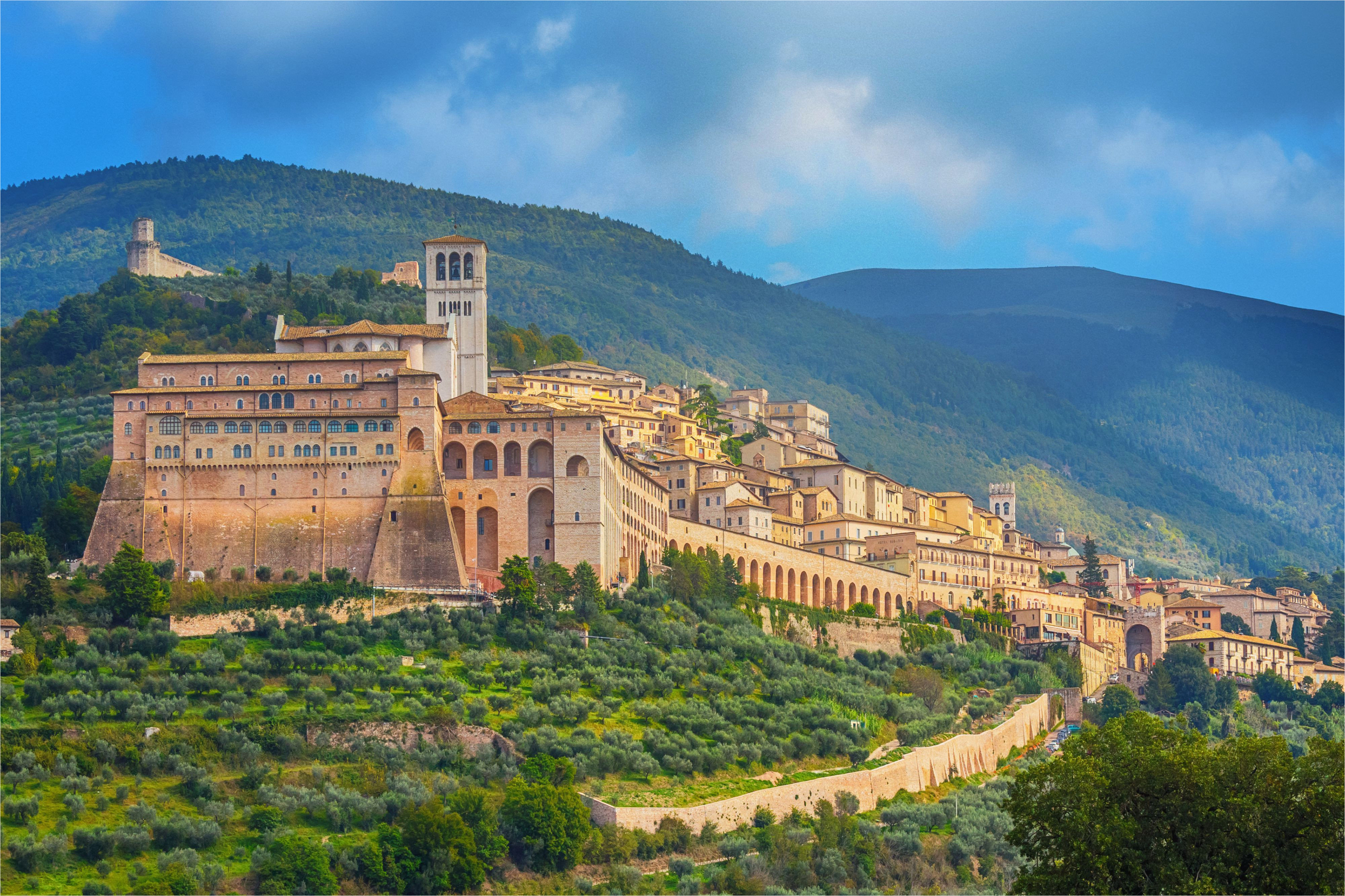 umbria italy best hill towns and places to go