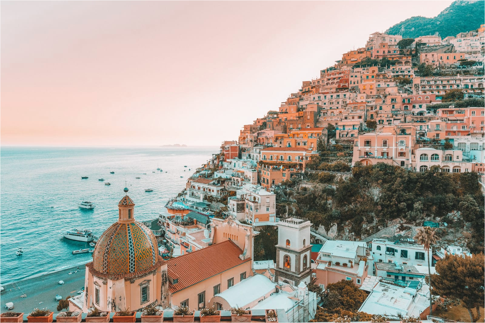 12 beautiful towns in southern italy that you must visit hand