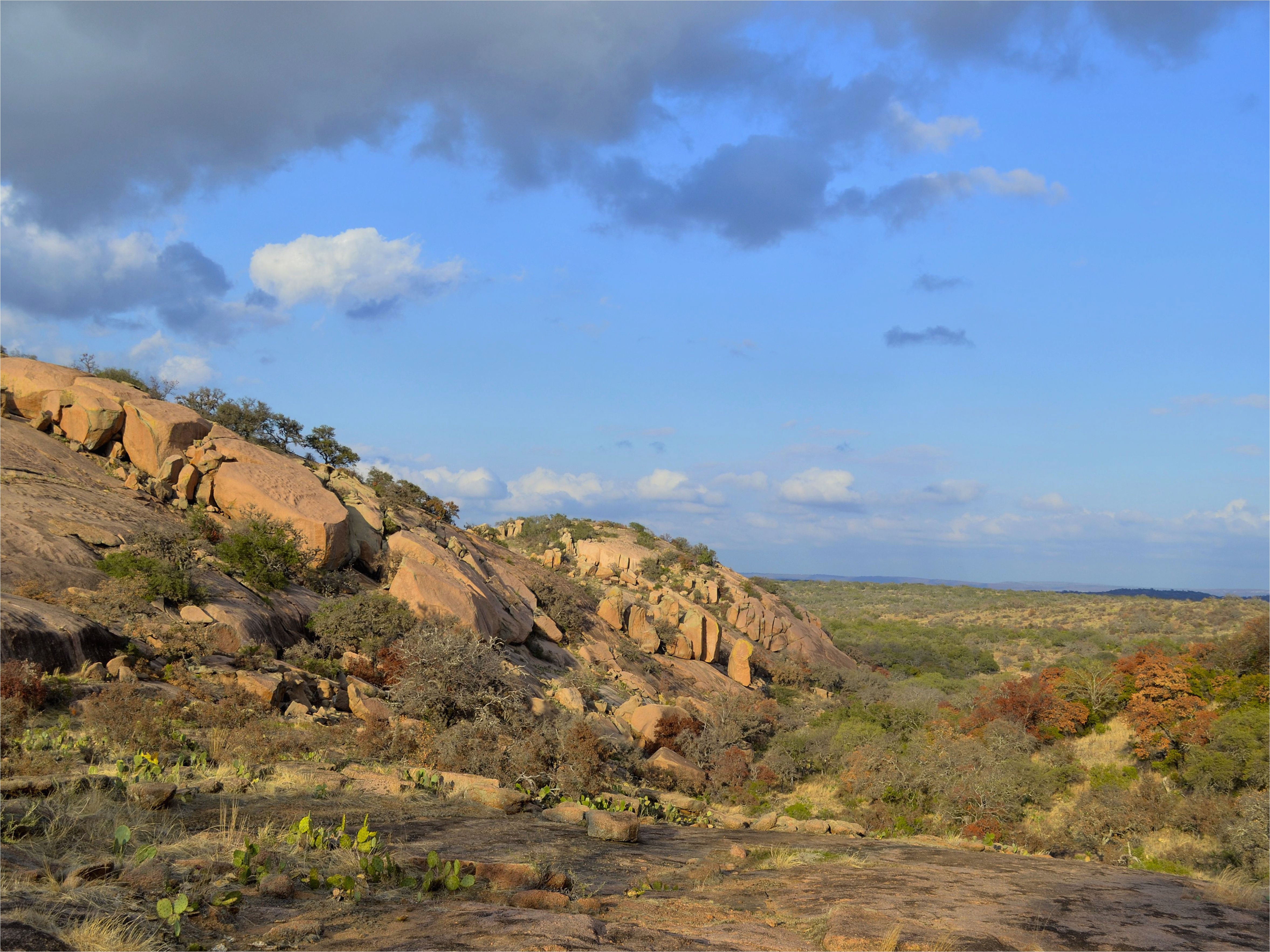 top attractions in the texas hill country