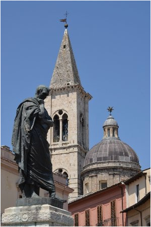 statua di ovidio sulmona june 2019 all you need to know before