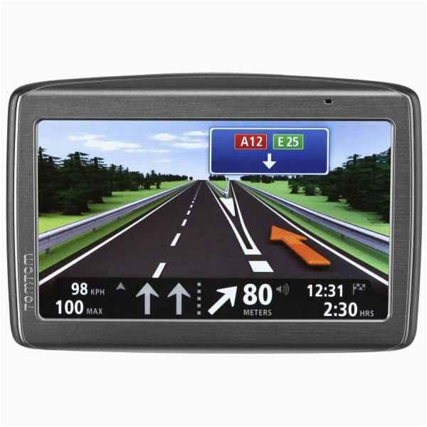 tomtom via 135 m europe traffic street navigation device