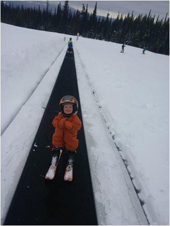 lovin the magic carpet picture of big white ski resort big white