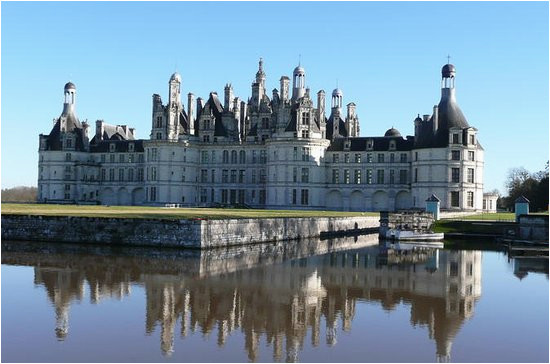 small group day tour of blois cheverny and chambord with