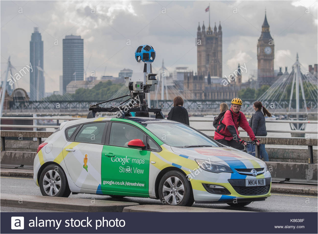 google maps car stock photos google maps car stock images alamy