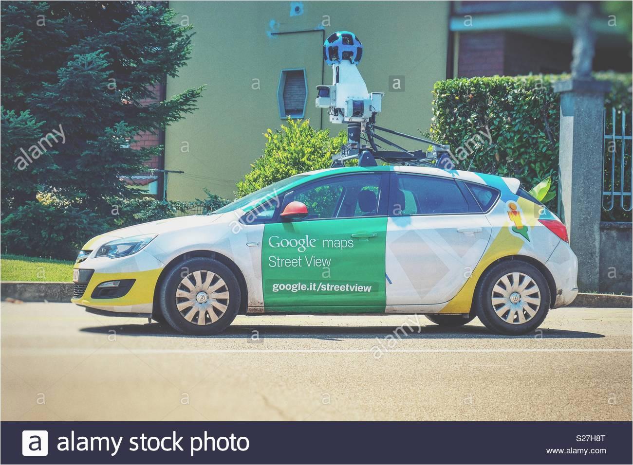 google maps car stock photos google maps car stock images alamy