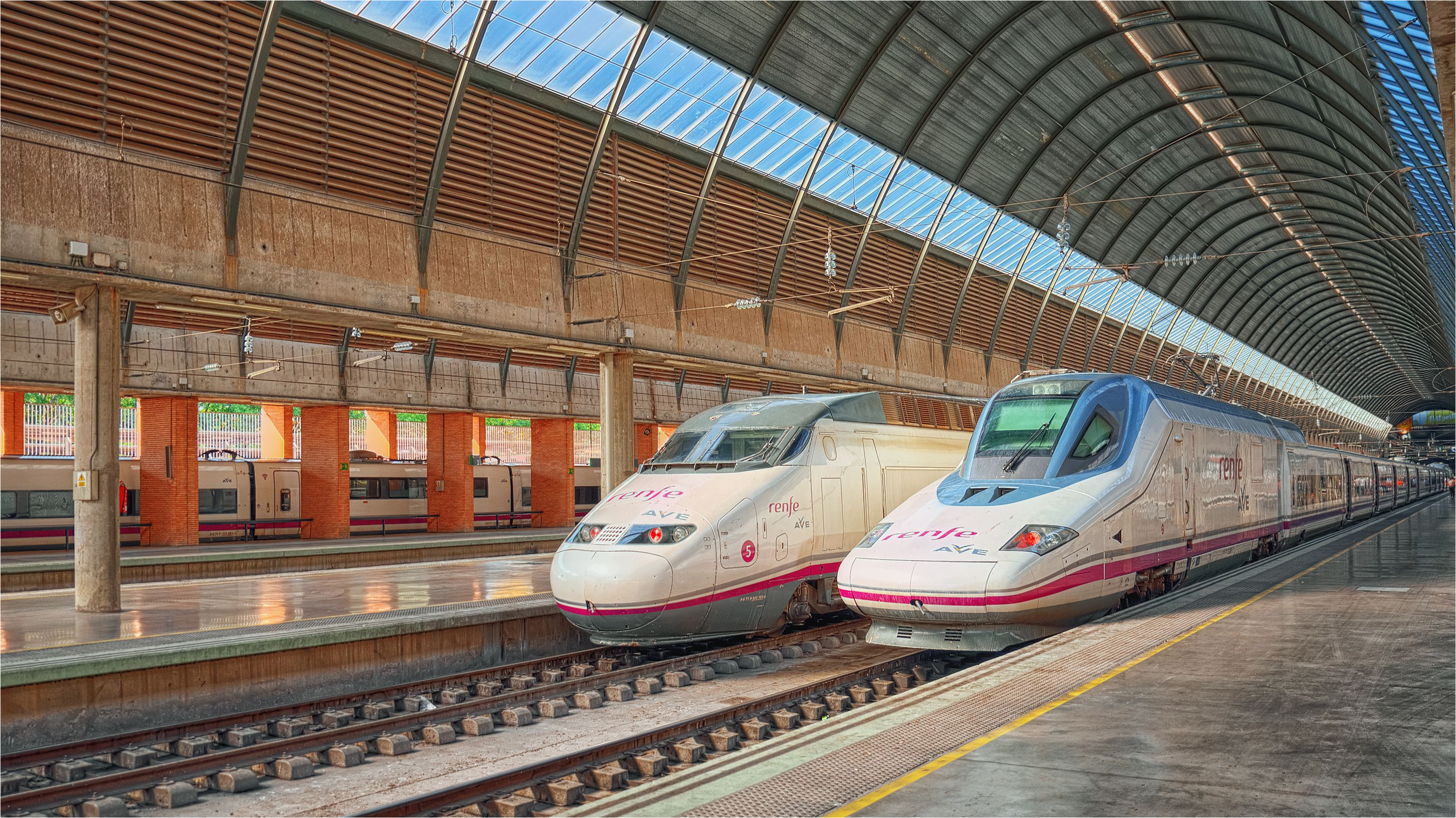 bus and train stations in seville spain