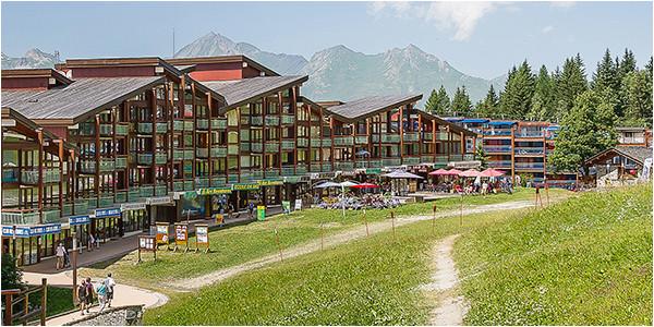 arc 1800 village ski resort les arcs france