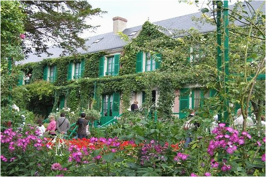giverny roundtrip transfer from paris and skip the line ticket