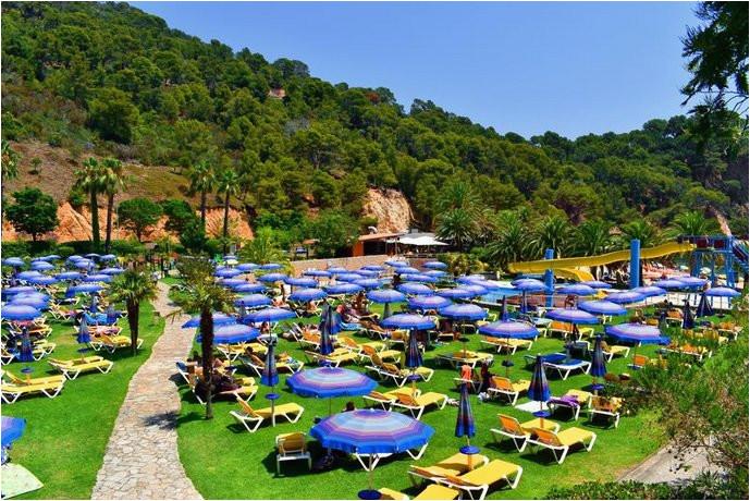 giverola resort tossa de mar compare deals