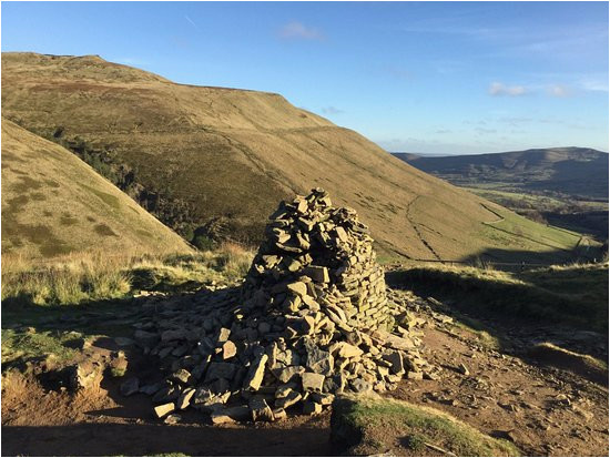 the 15 best things to do in peak district national park