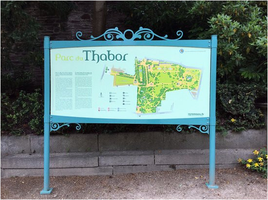 mapa del parque en el acceso picture of parc du thabor rennes