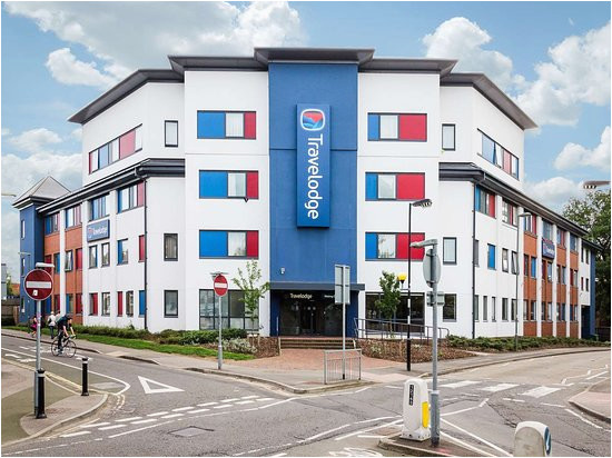 travelodge woking central updated 2019 prices hotel reviews and