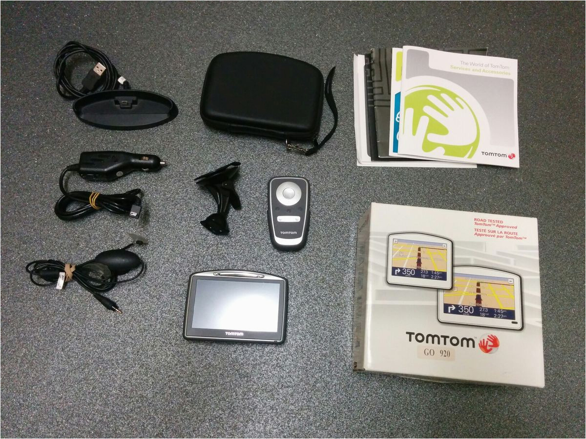tomtom go 920 with tmc traffic receiver cabl in pe30 5bn